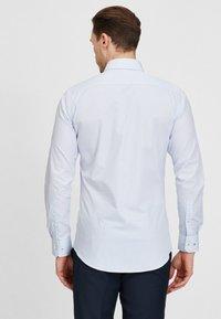 MICHAELIS - Overhemd - blue - 2