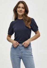 Minus - JOHANNA  - T-shirt basic - dark blue - 0