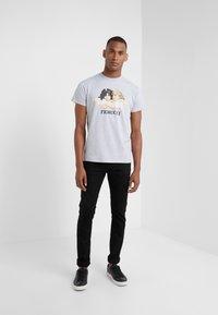 Fiorucci - VINTAGE ANGELS - Print T-shirt - grey - 1