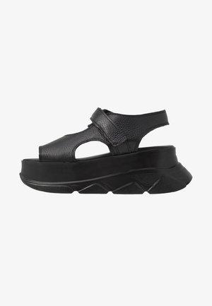 SPICE WEDGE - Sandály na platformě - black