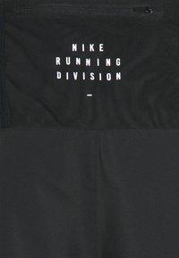 Nike Performance - Pantaloncini sportivi - black - 2