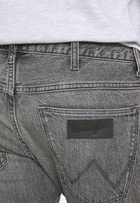 Wrangler - BRYSON - Jeans Skinny Fit - blackopedia - 3