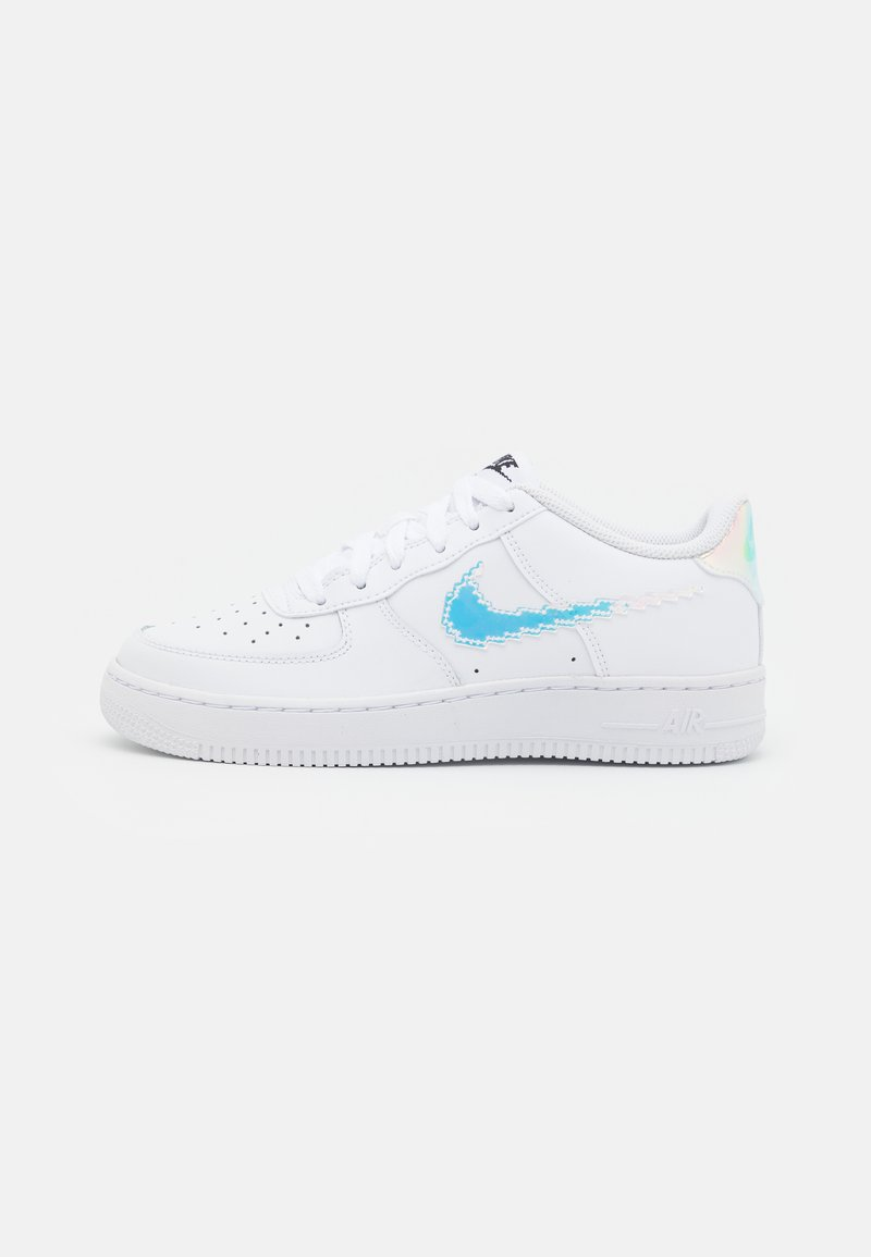 Nike Sportswear - AIR FORCE 1 LV8 UNISEX - Trainers - white/multicolor/black