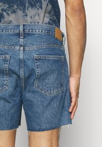 Weekday - DRAUGHT - Shorts di jeans - harper blue - 3