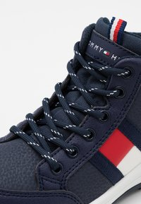 Tommy Hilfiger - Sneakers hoog - blue - 5