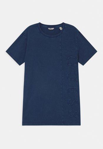 JUNIOR DYE  - Print T-shirt - bleu/deck blue