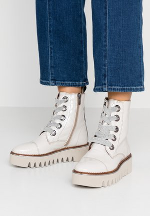 JADE - Platform ankle boots - polar