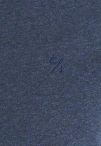 Casual Friday - THOR CREW NECK  - T-shirt - bas - blue indigo melange - 5