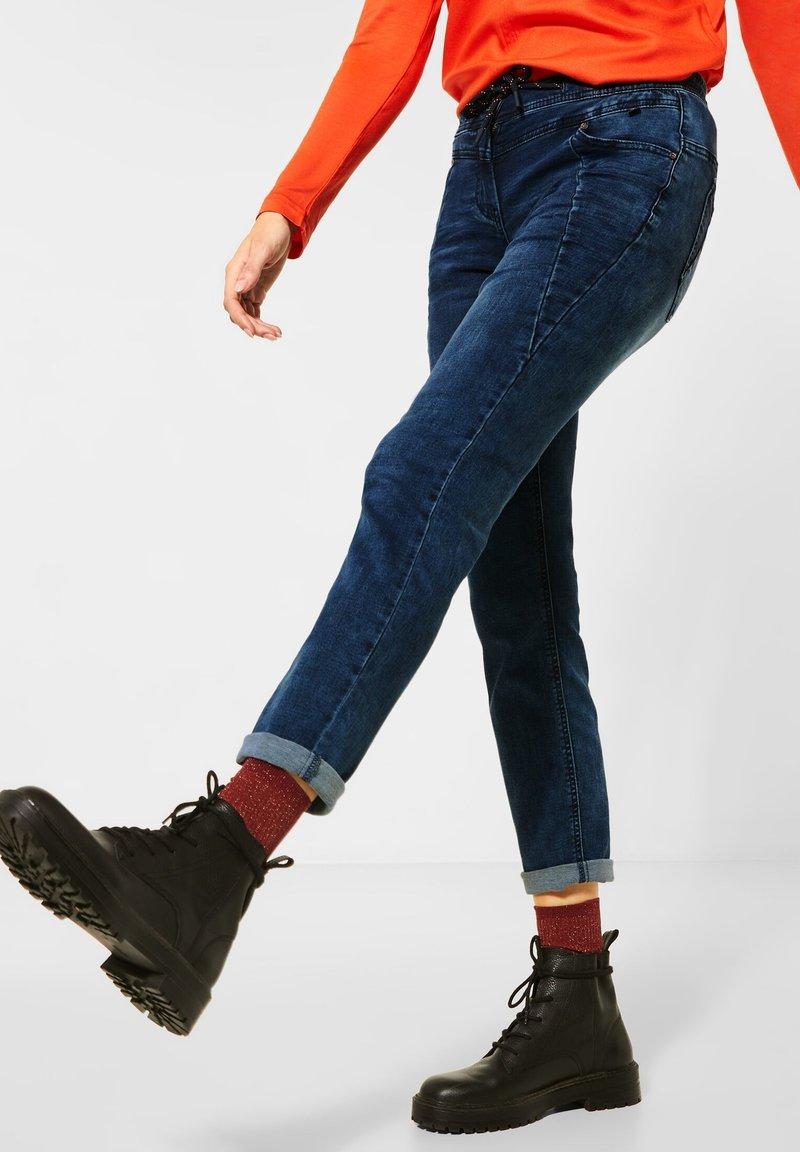 Cecil - IM JOGG STYLE - Slim fit jeans - blau