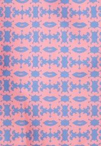 Love Brand - STANIEL SWIM - Swimming shorts - octopus kiss - 2