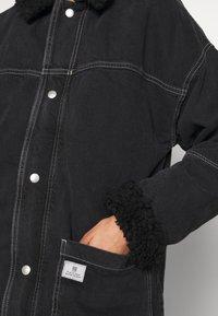 BDG Urban Outfitters - DYLAN DONKEY JACKET - Džínová bunda - black - 6