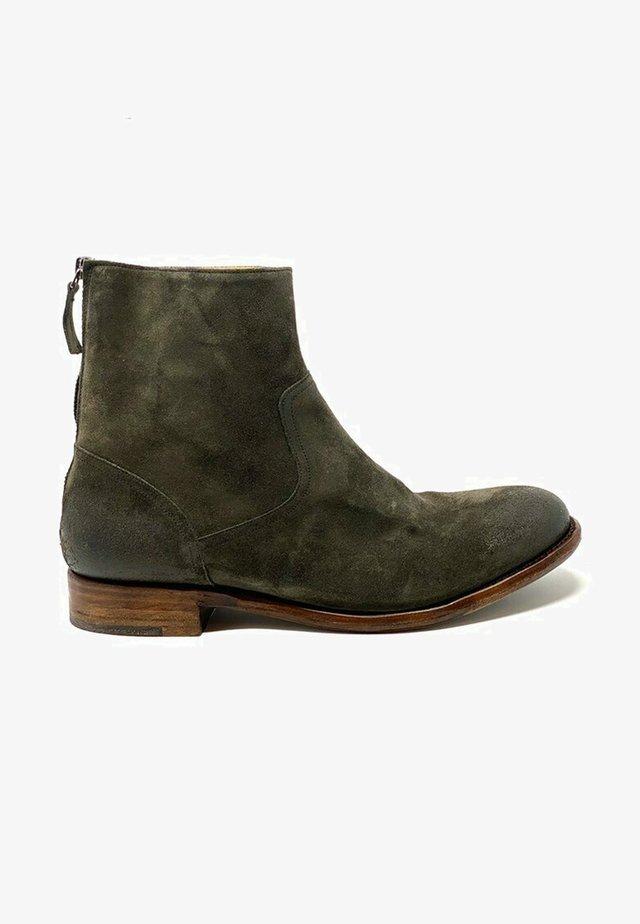 Boots - piombo