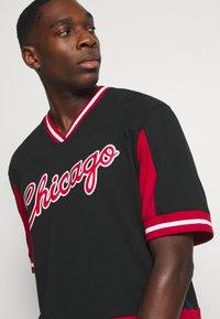 Mitchell & Ness - NBA CHICAGO BULLS FINAL SECONDS - Article de supporter - black - 3