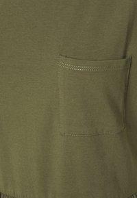 Dorothy Perkins - SMOCK DRESS - Jersey dress - khaki - 2