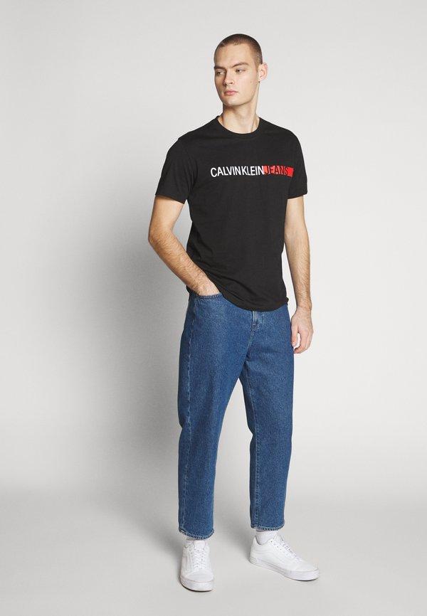 Calvin Klein Jeans STRIPE INSTITUTIONAL LOGO TEE - T-shirt z nadrukiem - black/czarny Odzież Męska THKW
