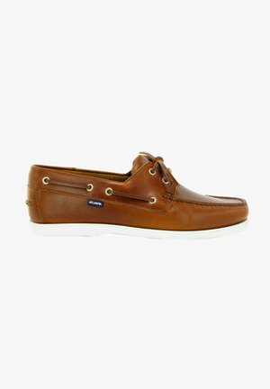Boat shoes - brandy