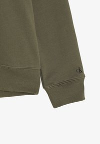 Calvin Klein Jeans - INSTITUTIONAL LOGO HOODIE UNISEX - Hoodie - green - 2