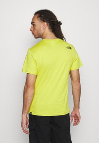 The North Face - MENS SIMPLE DOME TEE - T-shirt basic - citronellegreen - 2