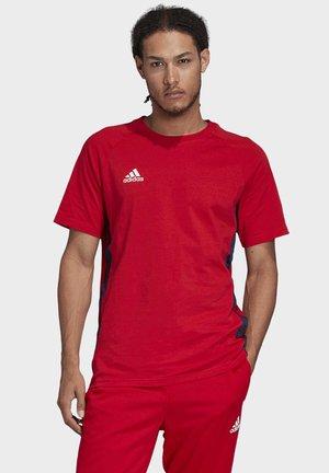 TAN TAPE T-SHIRT - Print T-shirt - red