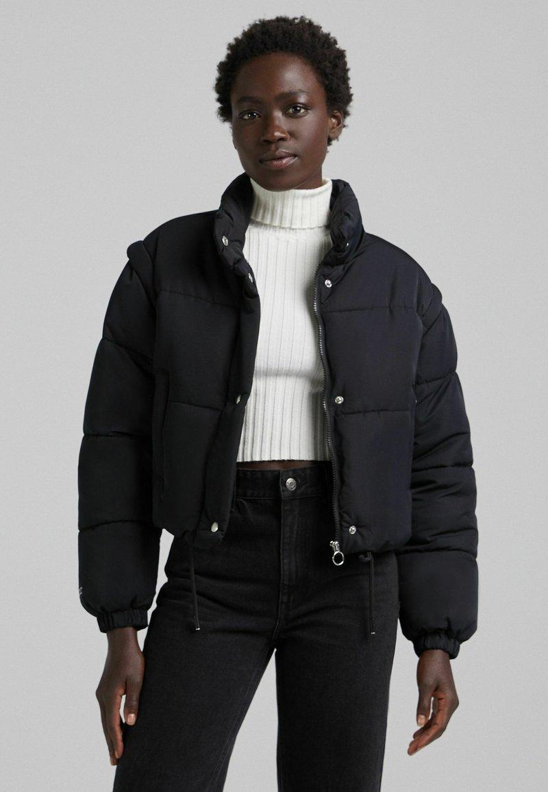 Bershka - PUFF 06575644 - Winter jacket - black