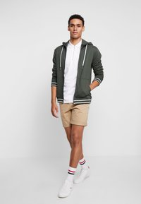 Tiffosi - AGUIRRE - Zip-up hoodie - forest night - 1