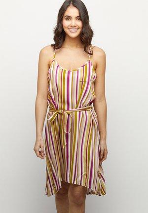 Jerseyklänning - pink/stripes