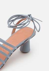 MAX&Co. - ESTRELLA - Sandals - light grey - 4