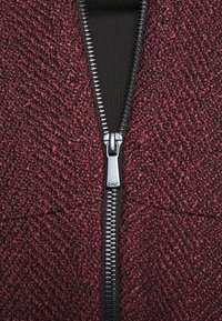 ONLY - ONLTIPPIE MAYA SHORT ZIP JACKET - Blazer - port royale/black - 6