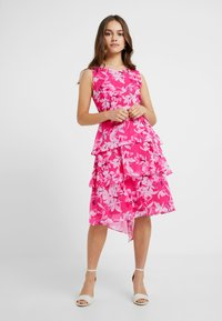 Wallis Petite - ORCHID TRIPLE TIERED DRESS - Cocktail dress / Party dress - pink - 1