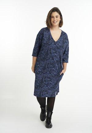 PRINT EN GLITTER - Jumper dress - blue