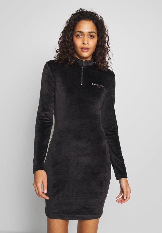 MOCK NECK DRESS - Shift dress - black