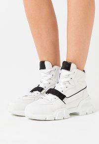 Kennel + Schmenger - ACE - High-top trainers - white/schwarz - 0