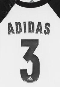 adidas Performance - SPORT SUMMER TRACKSUIT BABY SET - Trainingspak - white/black - 4