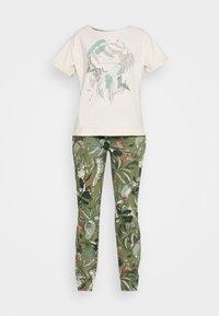 Triumph - Pyjama - sage green - 3