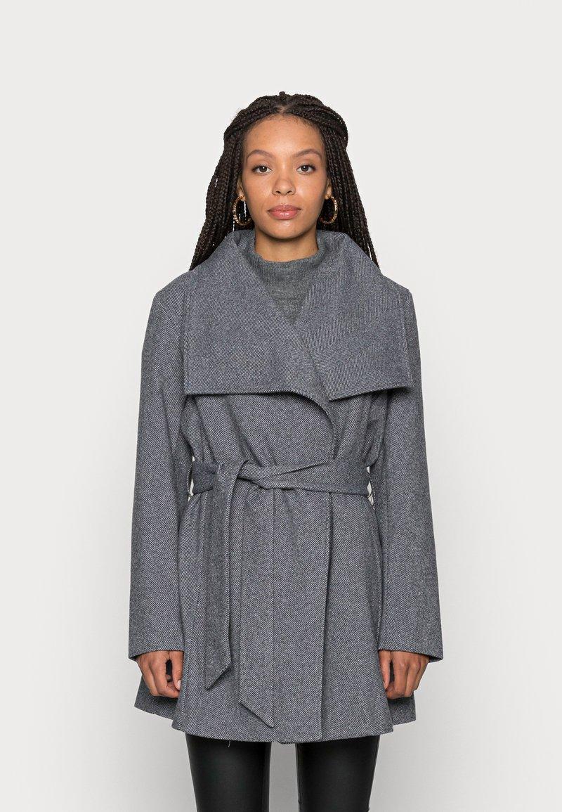 VILA PETITE - VIMOCCA BELT COAT - Short coat - grey