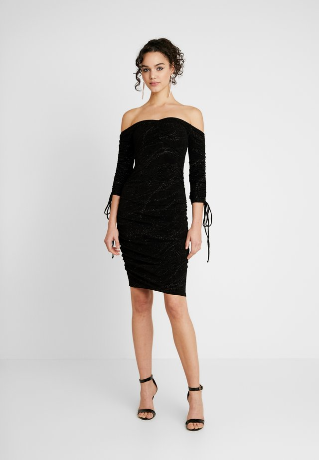 OFF SHOULDER SCRUNCH DRESS - Pouzdrové šaty - black