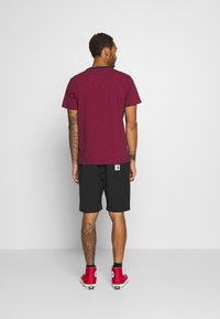 Carhartt WIP - COPEMAN  - Shorts - black - 2