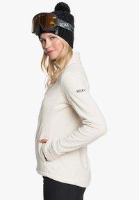 Roxy - MIT REISSVERSCHLUSS  - Fleece jacket - angora - 4