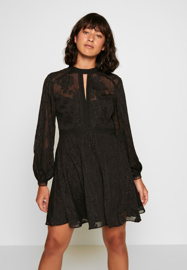 SALLIE EMBROIDERED DRESS - Cocktailkjole - black