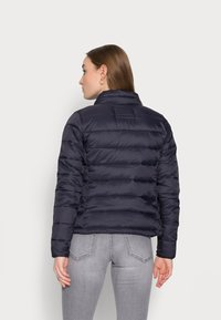 ONLY Petite - ONLSANDIE QUILTED JACKET - Light jacket - night sky - 2