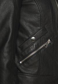 Vero Moda Petite - VMKHLOE  FAVO COATED JACKET PETITE - Faux leather jacket - black - 6