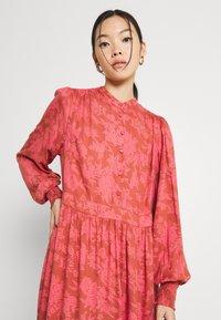 YAS - YASBEA DRESS - Abito a camicia - chutney bea - 3