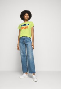 Polo Ralph Lauren - T-shirt con stampa - bright pear - 1
