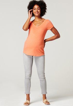 T-shirt basic - burnt orange