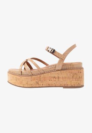 YEOK - Korkeakorkoiset sandaalit - sand