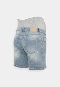 LOVE2WAIT - Denim shorts - light wash - 1
