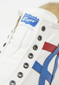 Onitsuka Tiger - MEXICO 66 SLIP-ON - Sneakers - white/tricolor - 5
