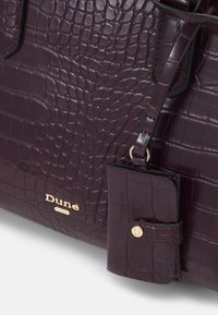 Dune London - DANVIE - Handbag - berry - 3