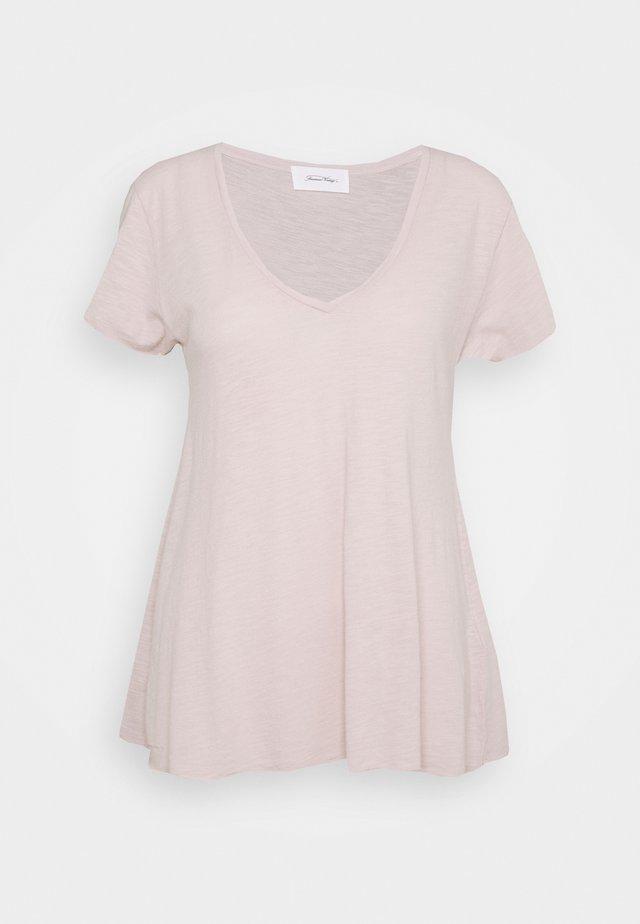 JACKSONVILLE - Basic T-shirt - ballerina vintage