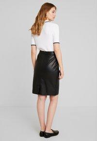 Oakwood - ENORA - Pouzdrová sukně - black - 2